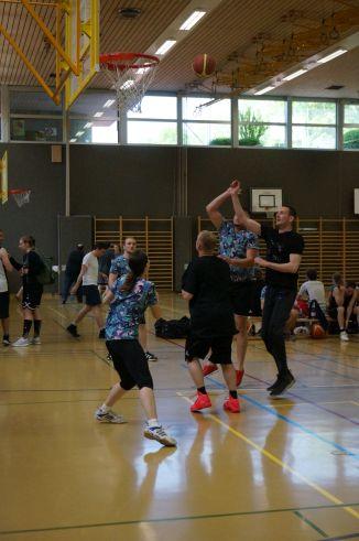 ubbc_3x3_Basketballturnier_Neufeld_Bern-14