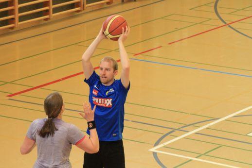 ubbc_3x3_Basketballturnier_Neufeld_Bern-174
