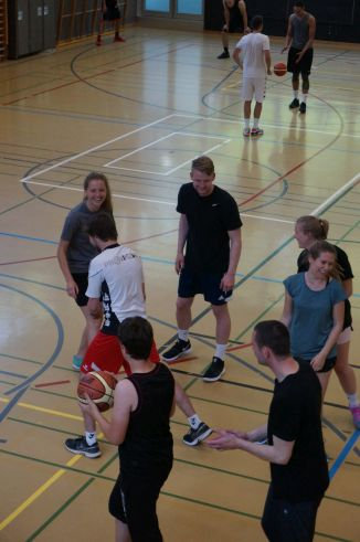 ubbc_3x3_Basketballturnier_Neufeld_Bern-41