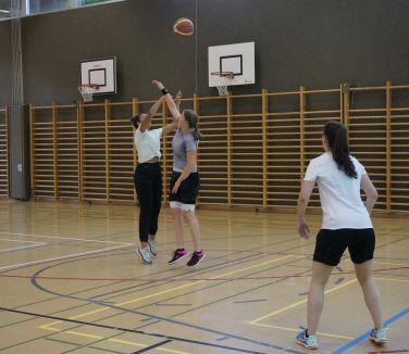 ubbc_3x3_Basketballturnier_Neufeld_Bern-73