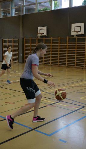 ubbc_3x3_Basketballturnier_Neufeld_Bern-77