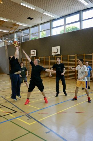 ubbc_3x3_Basketballturnier_Neufeld_Bern-81