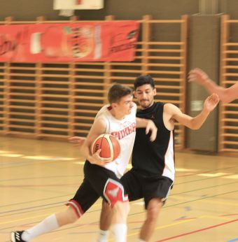 ubbc_3x3_Basketballturnier_Neufeld_Bern-95